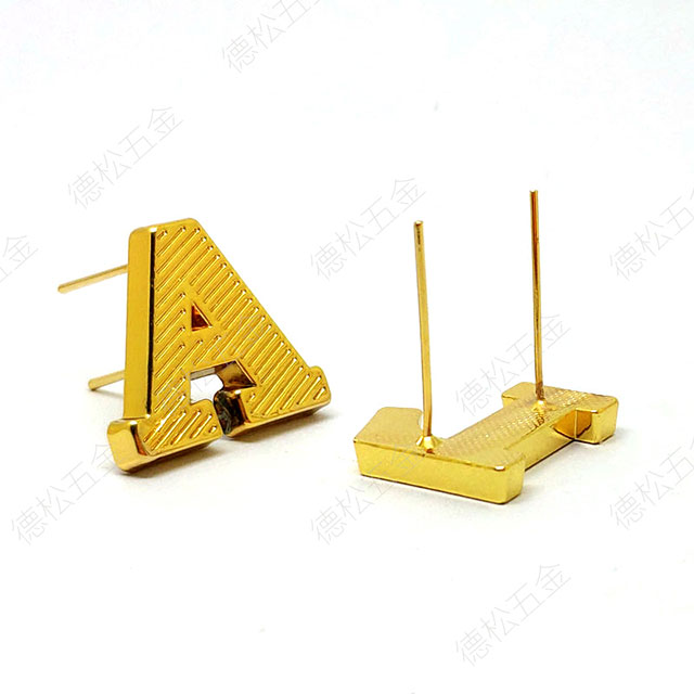 Professional Custom Logo Metal Alloy Label Long Pin Letter Label Gold Plating