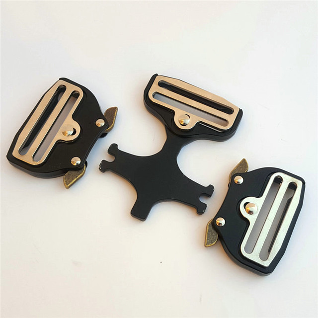 Direct Factory Suppliers Custom Design Alloy Belt Buckles Quick Release